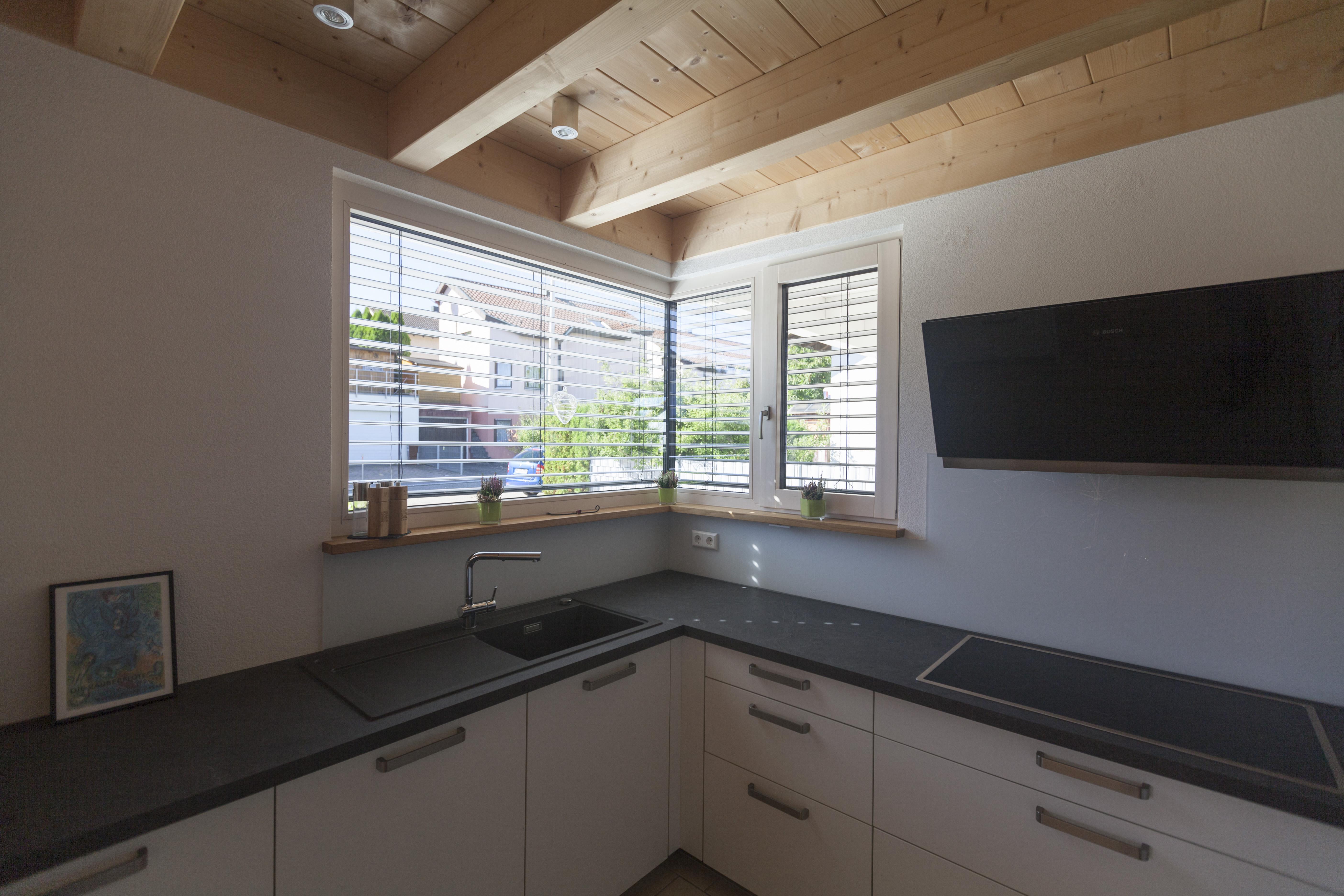 holz alu fenster bei einfamilienhaus in niefern pforzheimer fensterbau. Black Bedroom Furniture Sets. Home Design Ideas